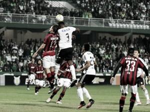 Em clássico de torcida única, Atlético-PR e Coritiba se enfrentam por objetivos distintos