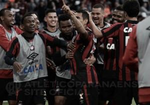 Eduardo Baptista não esconde felicidade após quarta vitória seguida do Atlético-PR