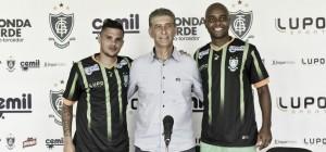 Apresentados recentemente, Auro e Rafael Jataí são regularizados no BID e estão liberados para jogar pelo América-MG