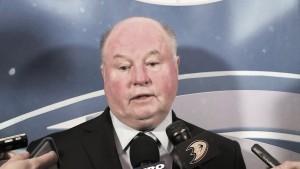 Boudreau cesado como técnico de los Ducks