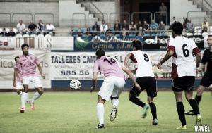 Fotos e imágenes del Real Avilés - Logroñés, 9ª jornada Grupo I de Segunda División B