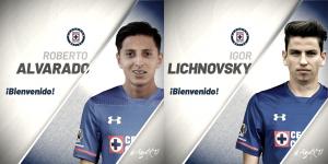 Roberto Alvarado e Igor Lichnovsky, nuevos jugadores de Cruz Azul