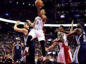 Un decisivo Kyle Lowry da la victoria a los Raptors