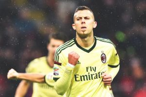 AC Milan 2-0 Udinese: Ménez's second-half brace enough for Milan to claim all three points