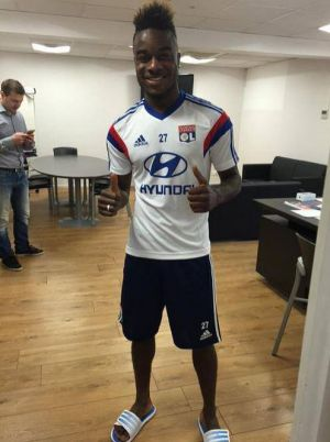 Découverte : Qui est Maxwell Cornet, la nouvelle recrue de l'Olympique Lyonnais ?