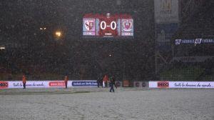 FC Metz - OGCNice : Sous la neige, le carton rouge se voit mieux