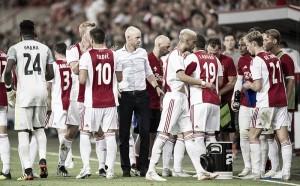 "Erik ten Hag vê Ajax superior e lamenta pênalti nos acréscimos: ""Pecado mortal"""