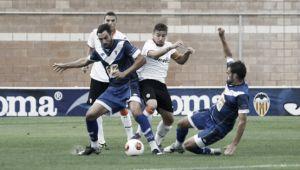 CF Badalona - Valencia Mestalla: acercarse al cielo o alejarse del fango