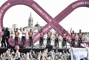 Giro de Italia 2017: Bahréin-Mérida, ambición por bandera