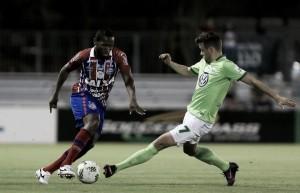 Após empate no tempo normal, Wolfsburg supera Bahia nos pênaltis pela Florida Cup