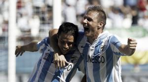 El Málaga aísla y derriba al Valencia en un gran partido