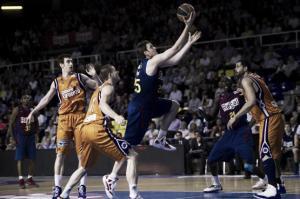 Barcelona Regal vence con contundencia y autoridad a Valencia Basket