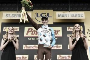 """Romain Bardet: """"Estoy en una nube, qué bonito es el ciclismo de instinto"""""""