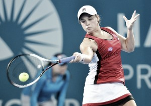 WTA Brisbane: Ashleigh Barty dominates Aleksandra Krunic, sets meeting with Angelique Kerber