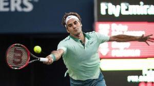 Federer debuta plácido en Toronto