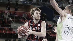 El Laboral Kutxa consigue la tercera victoria en la ACB a costa del Unicaja