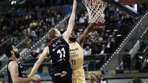 Gran Canaria fuerza el tercer partido ante Baskonia