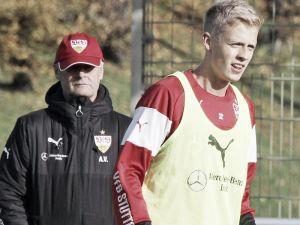 Baumgartl extends with Stuttgart