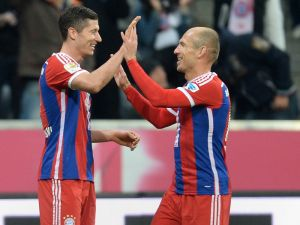 VIDEO Il ritorno del Bayern, Paderborn travolto