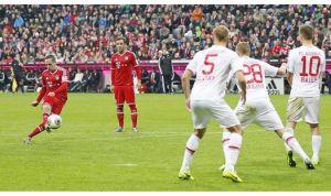 El Bayern se lleva sin problemas el derbi ante el Augsburgo