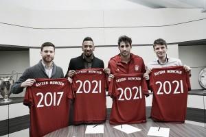 Bayern de Munique renova contratos de Boateng, Xabi Alonso, Javi Martínez e Müller