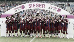 Lewandowski y Rode conducen al Bayern a ganar la Telekom Cup