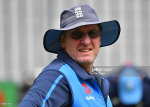 Trevor Bayliss to leave England camp after 2019 Ashes