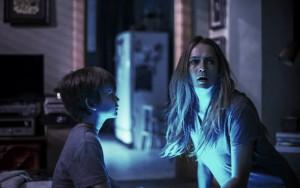 """Crítica de """"Nunca apagues la luz"""", un film totalmente predecible y que solo destaca por el diseño del personaje de Diana"""