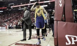 Curry, baja por -al menos- dos semanas