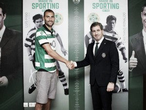 Dost, Castaignos complete Sporting switch