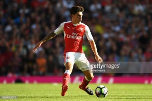 Arsene Wenger sees Hector Bellerin's long term future at Arsenal