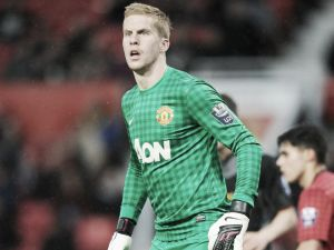 Manchester United keeper Ben Amos joins Bolton Wanderers on a one-month loan