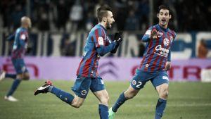 Nicolas Benezet anota el gol de la jornada 27 de la Ligue 1