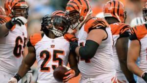 Bengals siguen su buena racha mientras Titans no encuentran su lugar