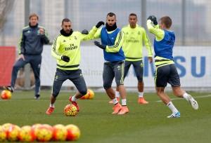 El Madrid ultima su preparación antes de viajar a Granada