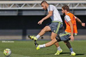 Benzema vuelve a trabajar con el grupo y Bale lo hace al margen