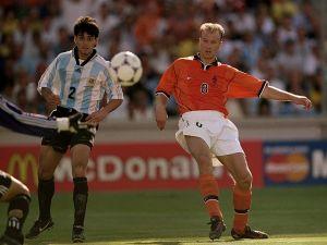 Bergkamp, elegido como el Mejor Futbolista Holandés de los últimos 25 años