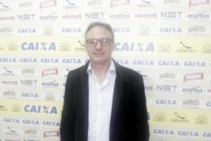 """Beto Campos assume o Criciúma sonhando com """"algo a mais"""" na Série B"""