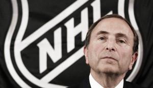 Bettman apuesta por la continuidad del mapa actual de la NHL, pero no lo asegura