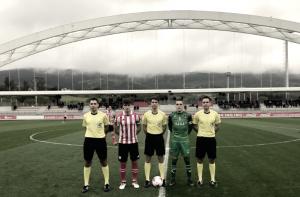 El Bilbao Athletic se exhibe y desciende al Lealtad