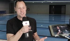 Bill May da una Master Classa jóvenes nadadores en España