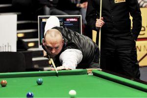 Stuart Bingham è campione del mondo di snooker