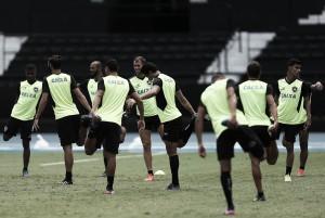 Em estreia na fase de grupos da Libertadores, Botafogo enfrenta Estudiantes fora de ritmo