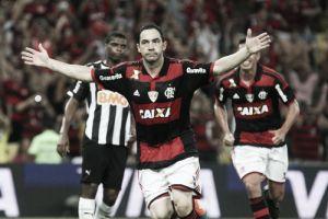 Flamengo vence Atlético-MG no Rio e abre vantagem na disputa pela final