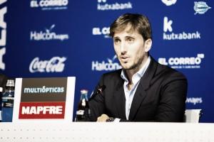 Luis Zubeldía deja de ser entrenador del Deportivo Alavés