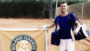 Ricardo Ojeda dio la sorpresa en la qualy de Roland Garros