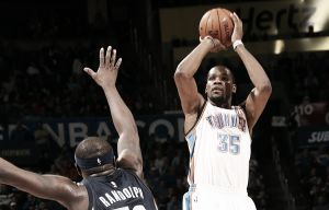 Oklahoma City Thunder ya acaricia los playoffs