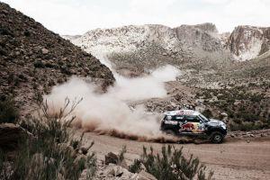 Dakar 2015, Al-Attiyah vince ancora e consolida il primato, incidente per Roma