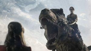 Hitler y su T-rex en el 'teaser' de la segunda parte de 'Iron Sky'