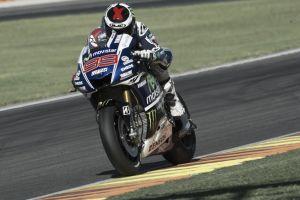 Test Valencia, Lorenzo è il più rapido della prima giornata